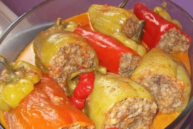 перец фаршированный мясом в духовке рецепт со сметаной