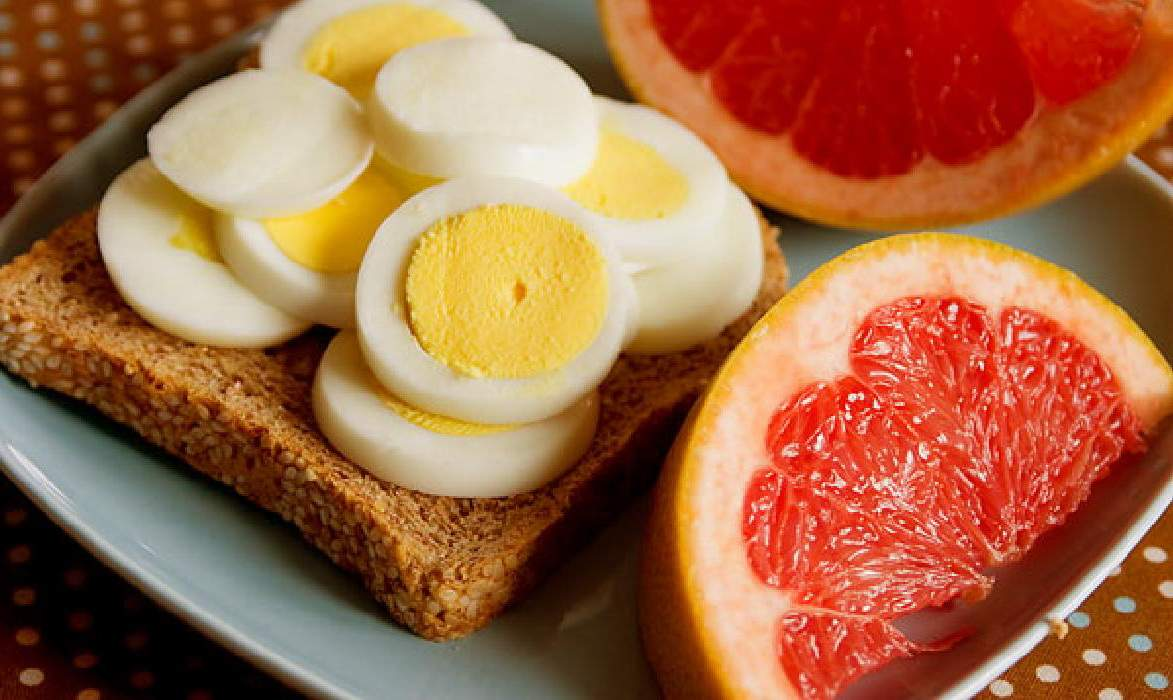Яичная диета на 4 недели - подробное меню, отзывы и результаты!