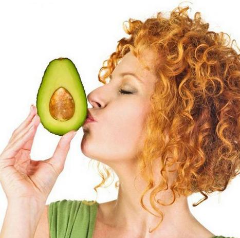 Кому нельзя есть авокадо и что в нем вредного